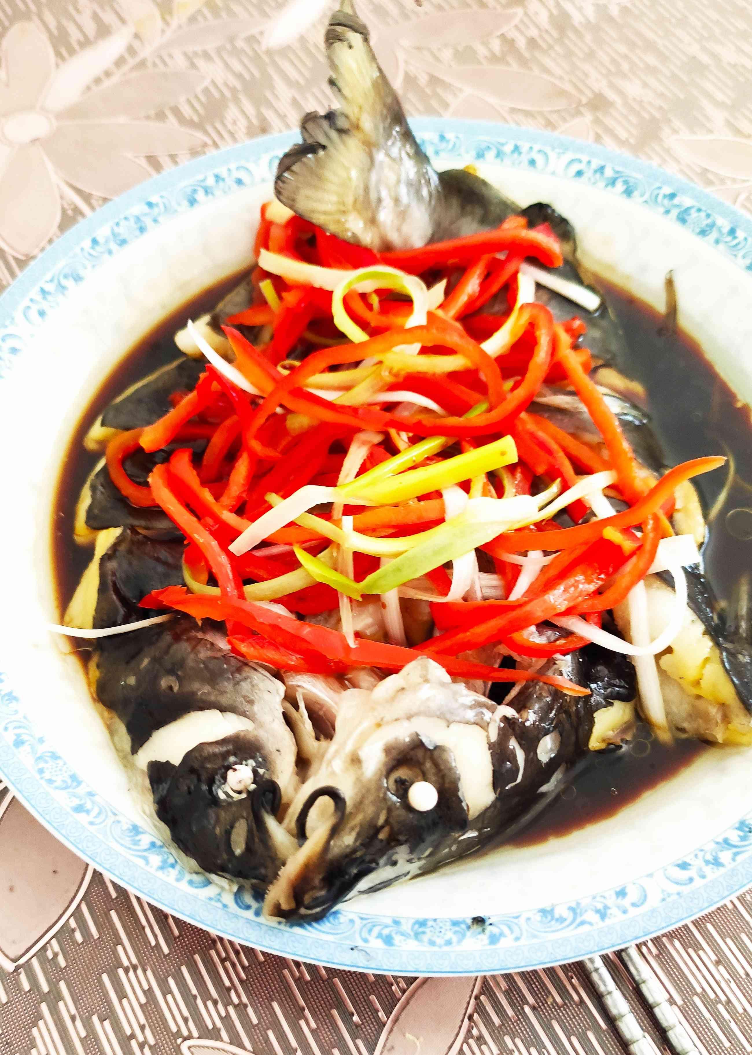 清蒸鮰鱼成品图