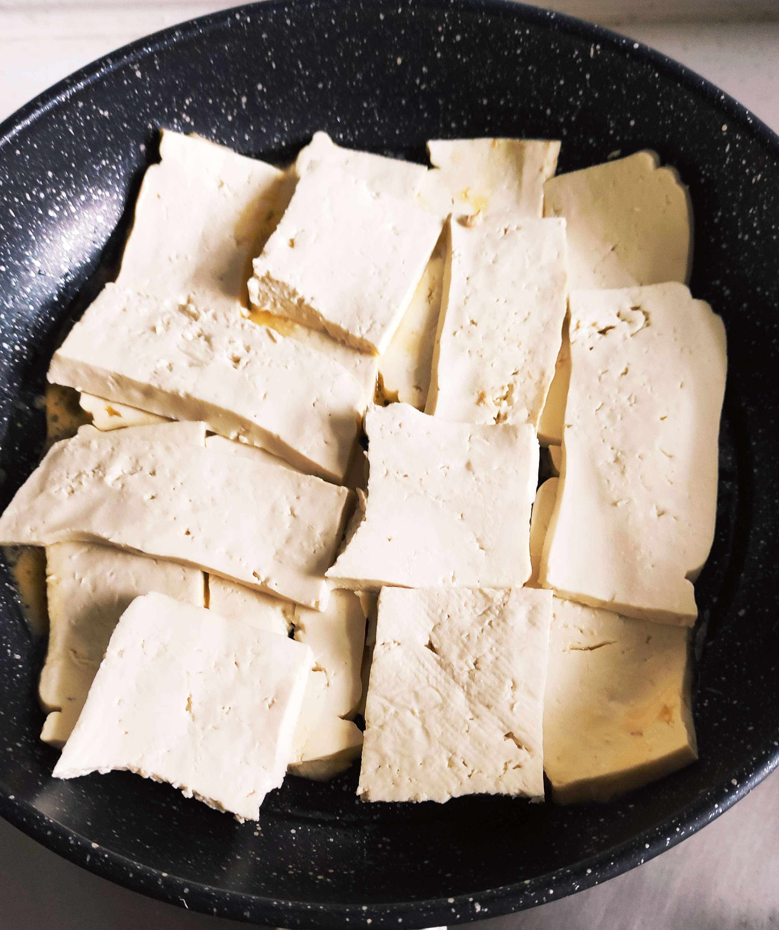 豆腐新吃法,豆腐和鸭蛋搭配一起,你吃过吗?怎么炒
