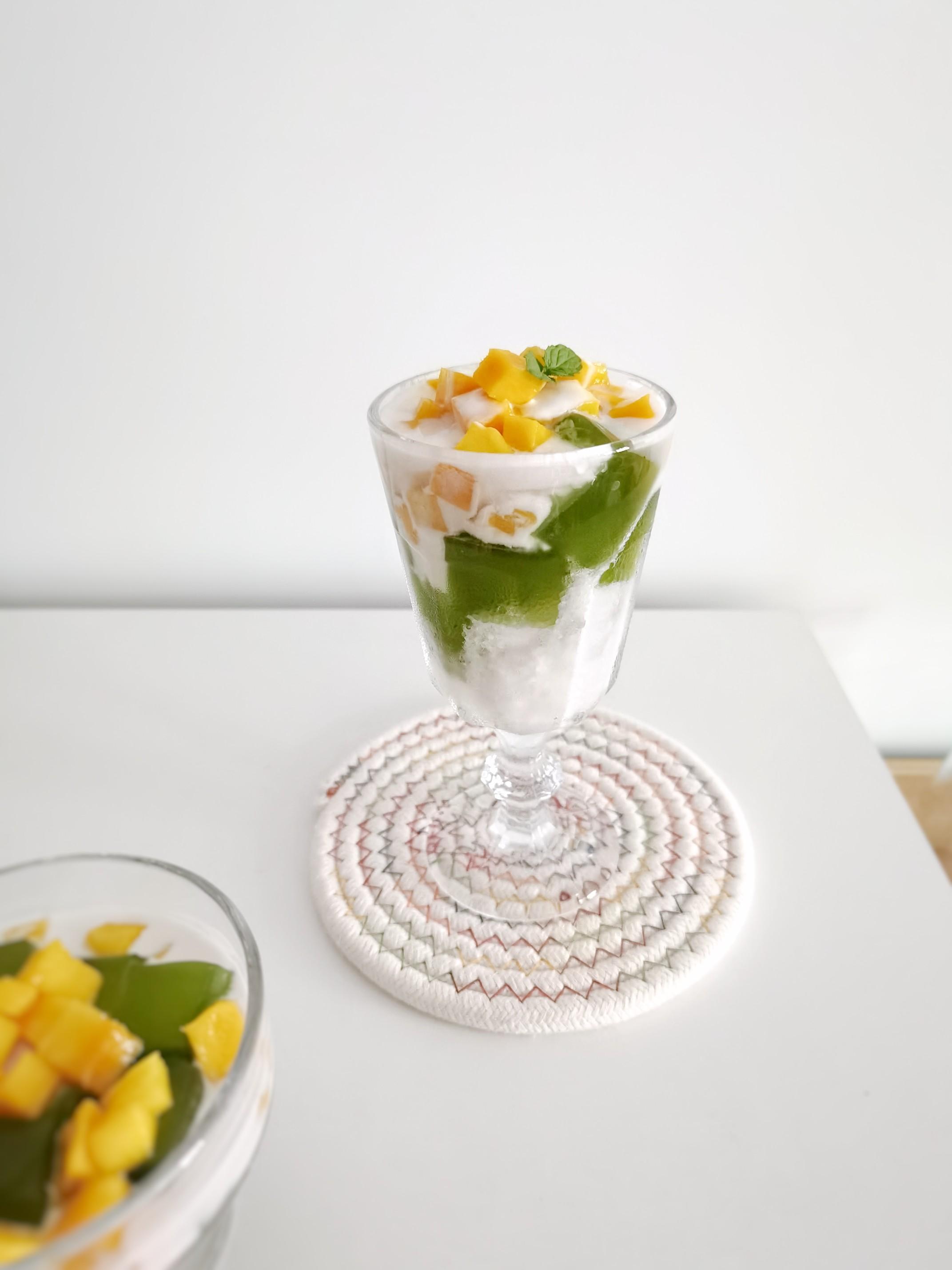 生椰香兰冻冻冰成品图