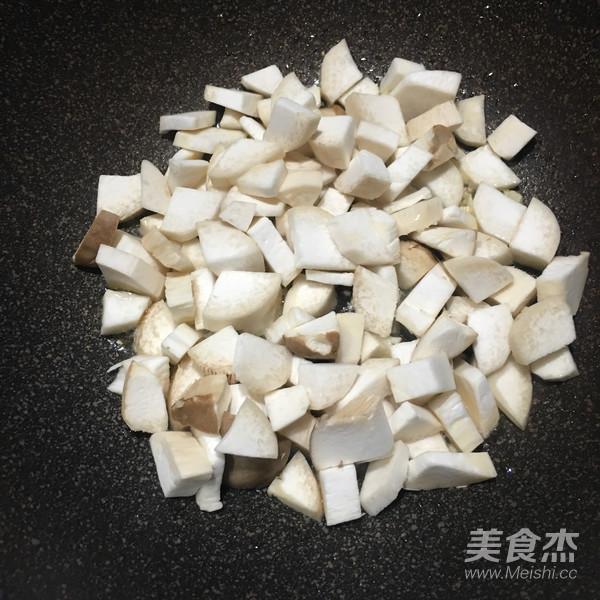 素炒杏鲍菇丁怎么吃