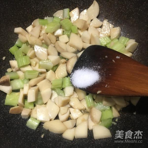 素炒杏鲍菇丁怎么炒
