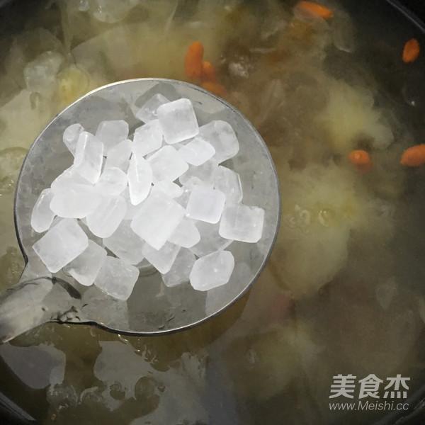 桃胶皂角米银耳羹怎么煮