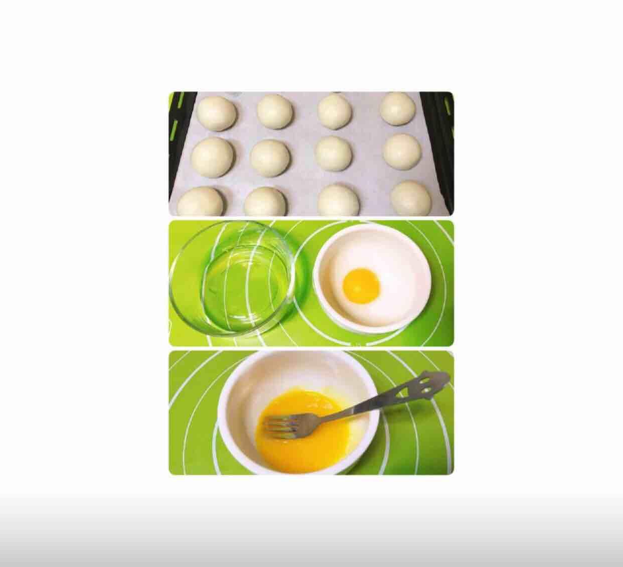 莲蓉蛋黄酥的制作