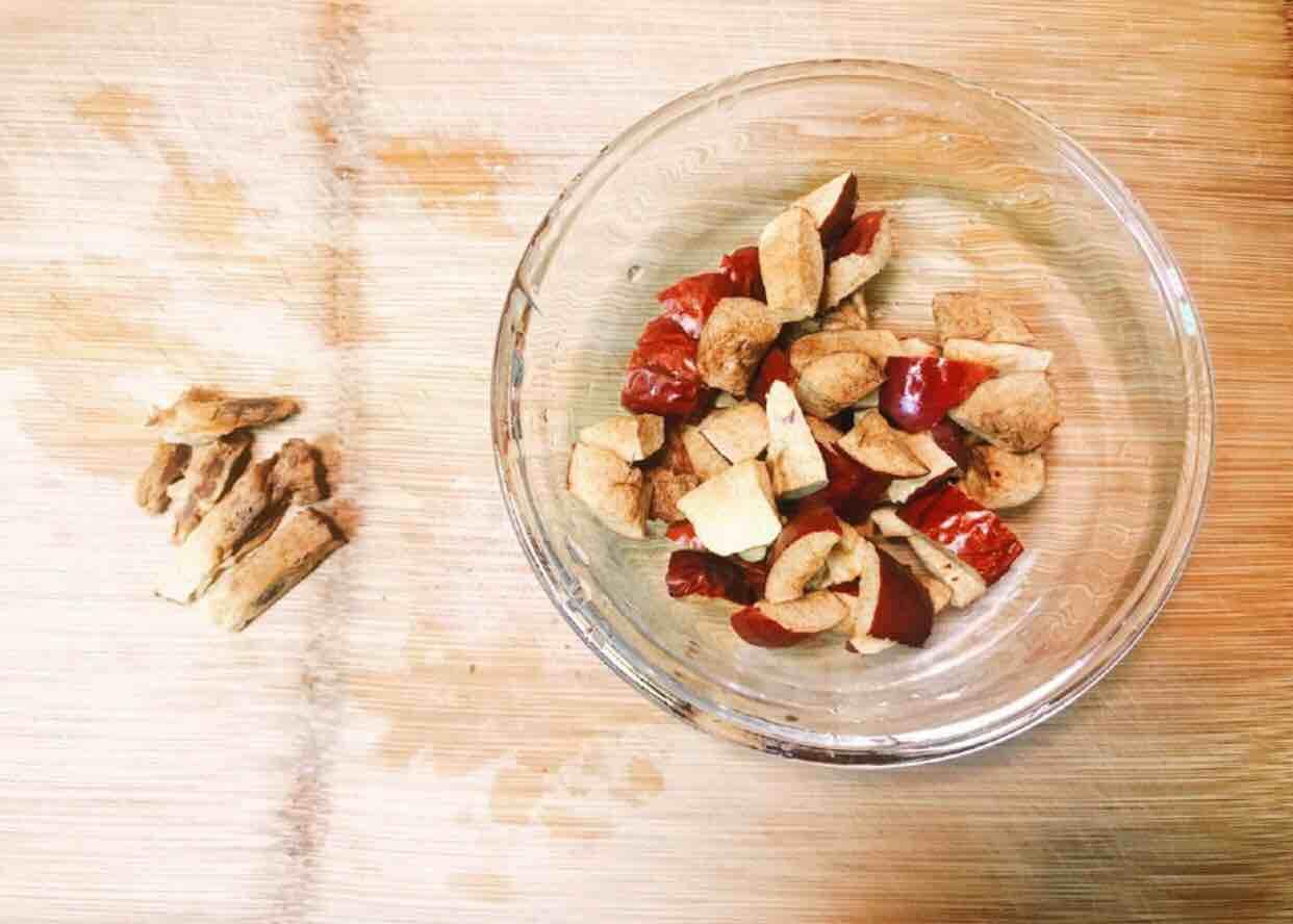 桃胶皂角百合银耳红枣羮怎么吃