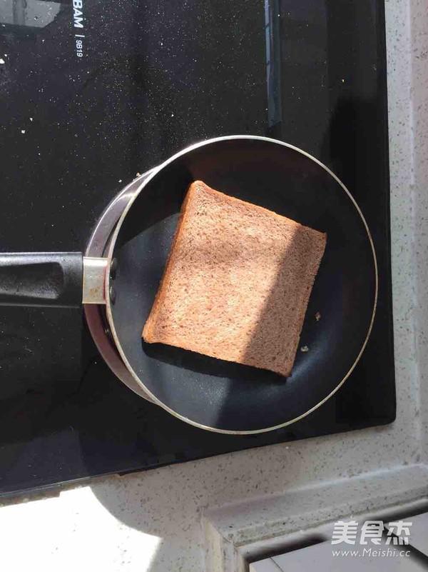 芝士鸡蛋三明治怎么吃