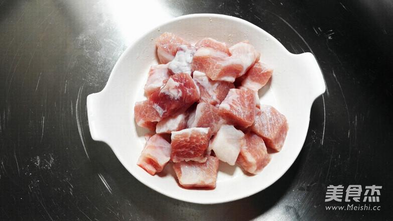 白果串烧猪颈肉的步骤