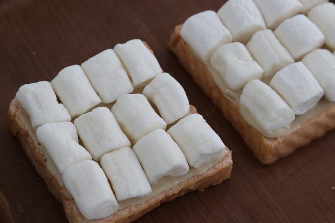 棉花糖吐司的家常做法