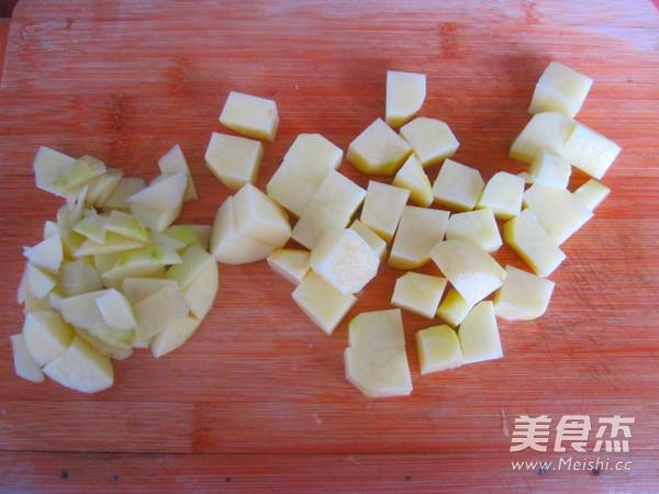 土豆炖牛肉怎么做