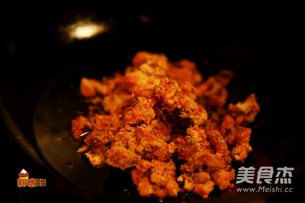 灌汤蟹黄小笼包的家常做法