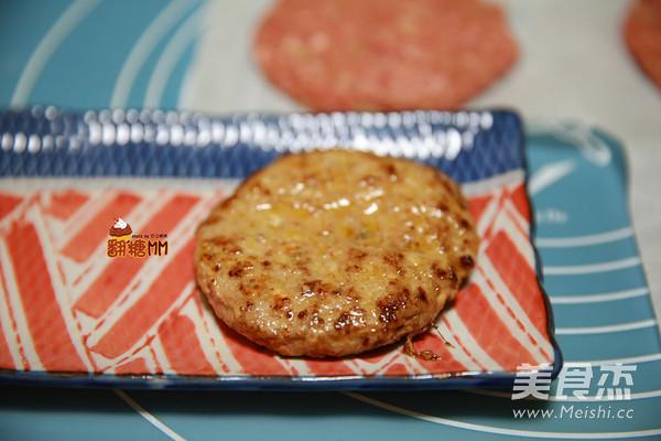 手工牛肉汉堡排怎么煸