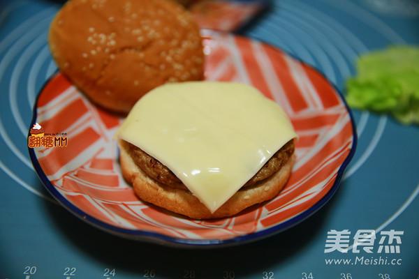 手工牛肉汉堡排怎样做