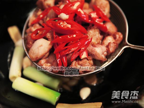 台湾三杯鸡怎样炒
