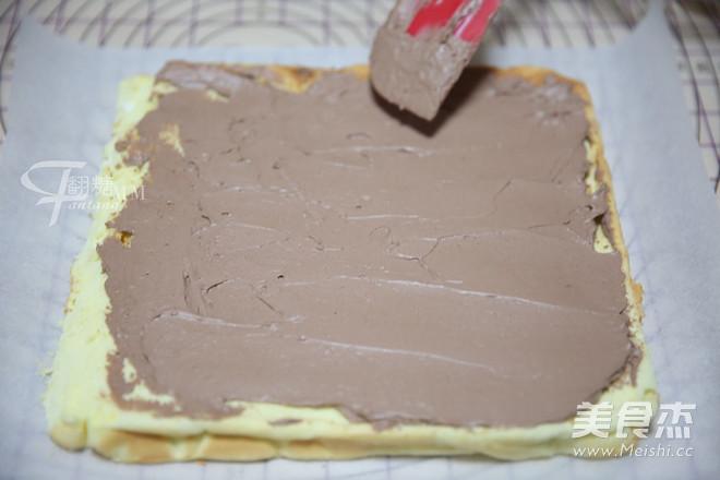 超简单圣诞树根蛋糕卷-超人气菜谱的制作方法