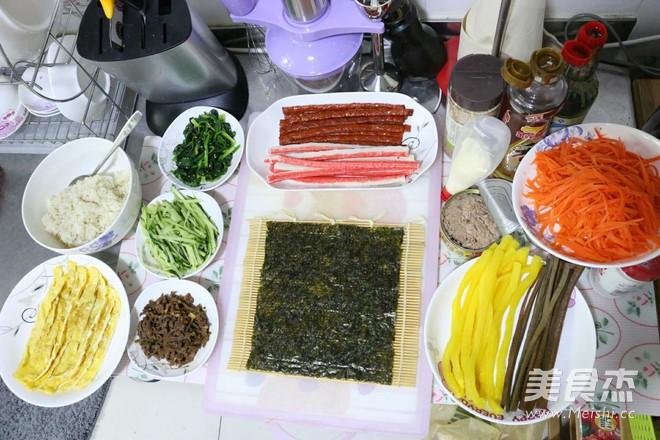 特色紫菜包饭的步骤
