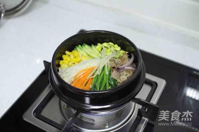 石锅拌饭怎么炖