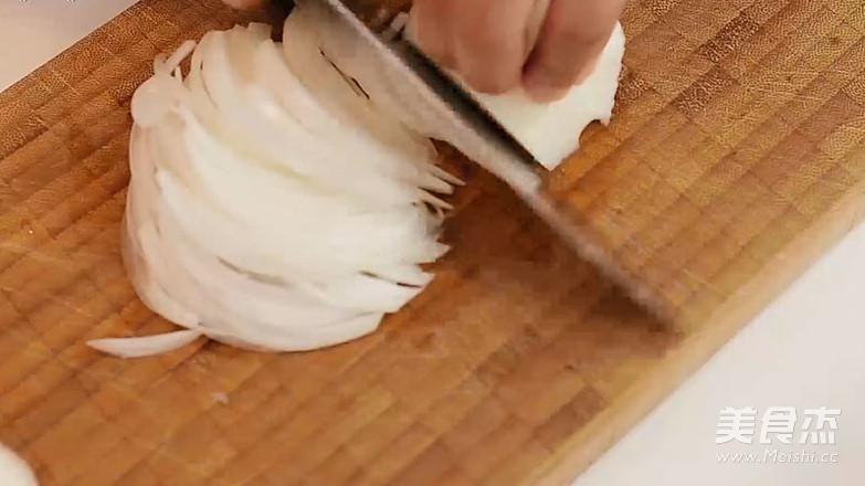 经典肉丸配奶油蛋黄沙司意面的做法图解
