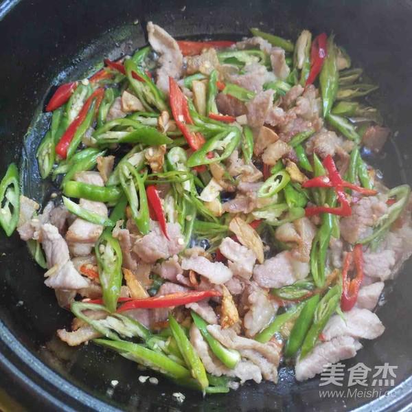 猪肉炒米粉的简单做法