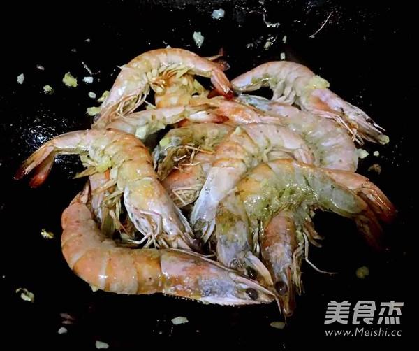 番茄㸆海虾的家常做法