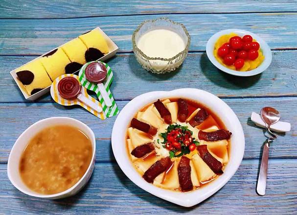 腊肉蒸豆腐卧蛋的制作方法
