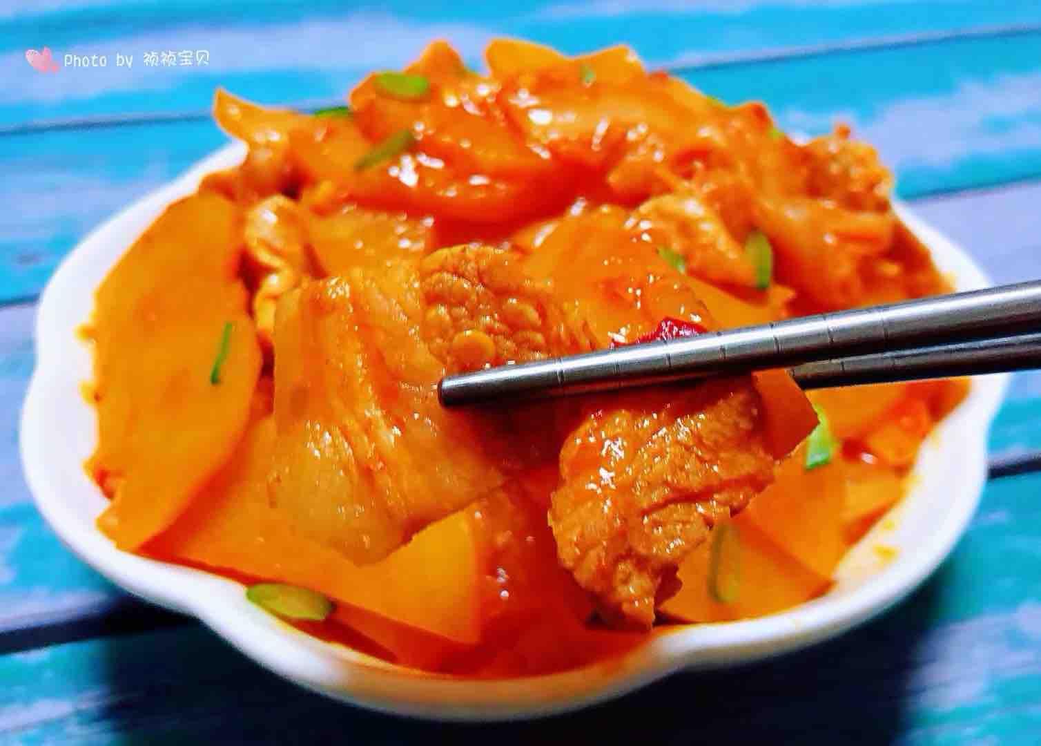 五花肉辣白菜炒土豆片怎样做