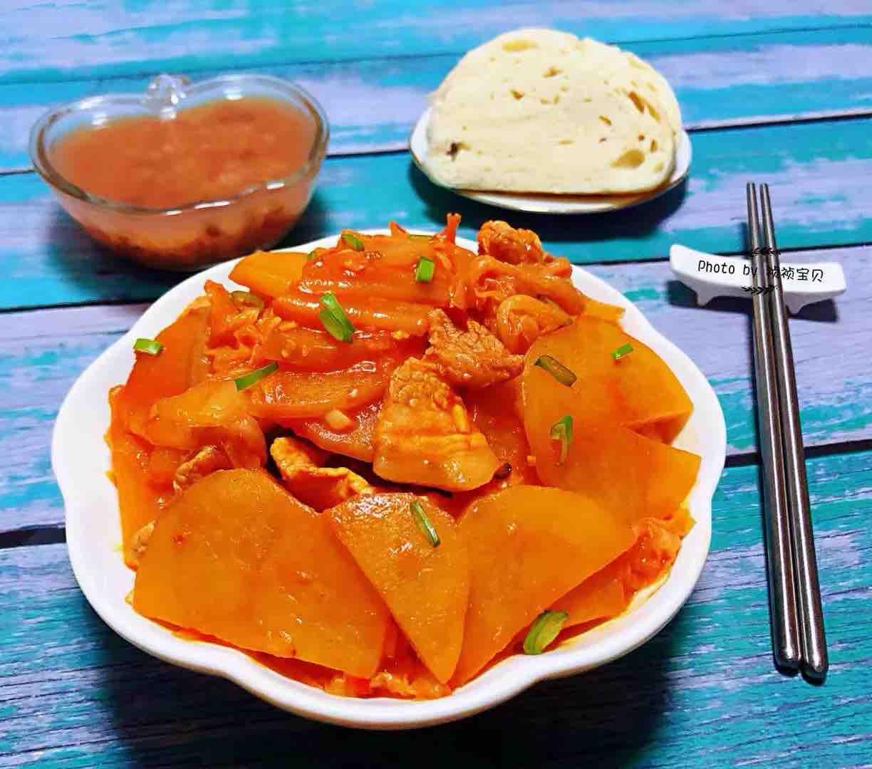 五花肉辣白菜炒土豆片怎样炒