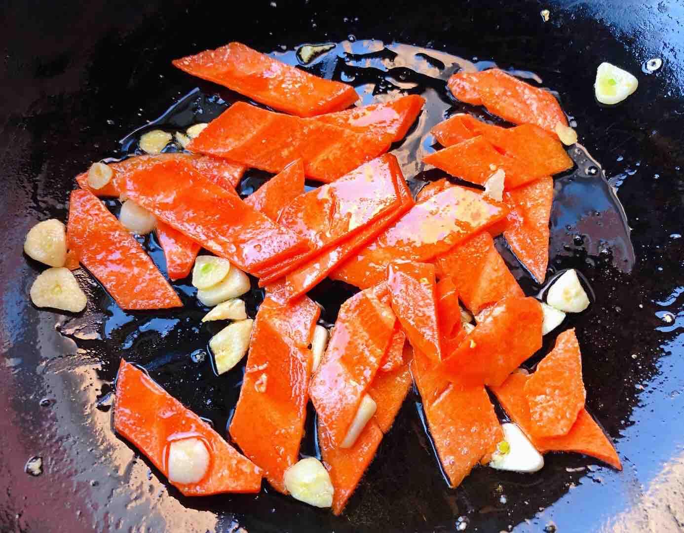 糖醋菠萝排骨的简单做法