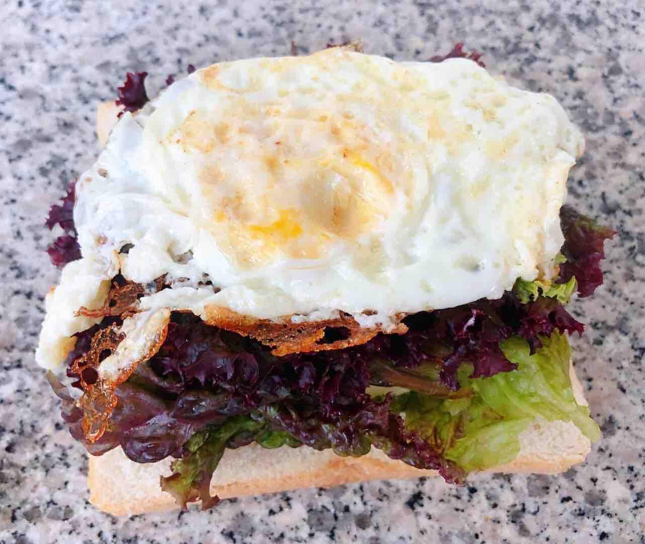 鸡排吐司三明治怎么煮