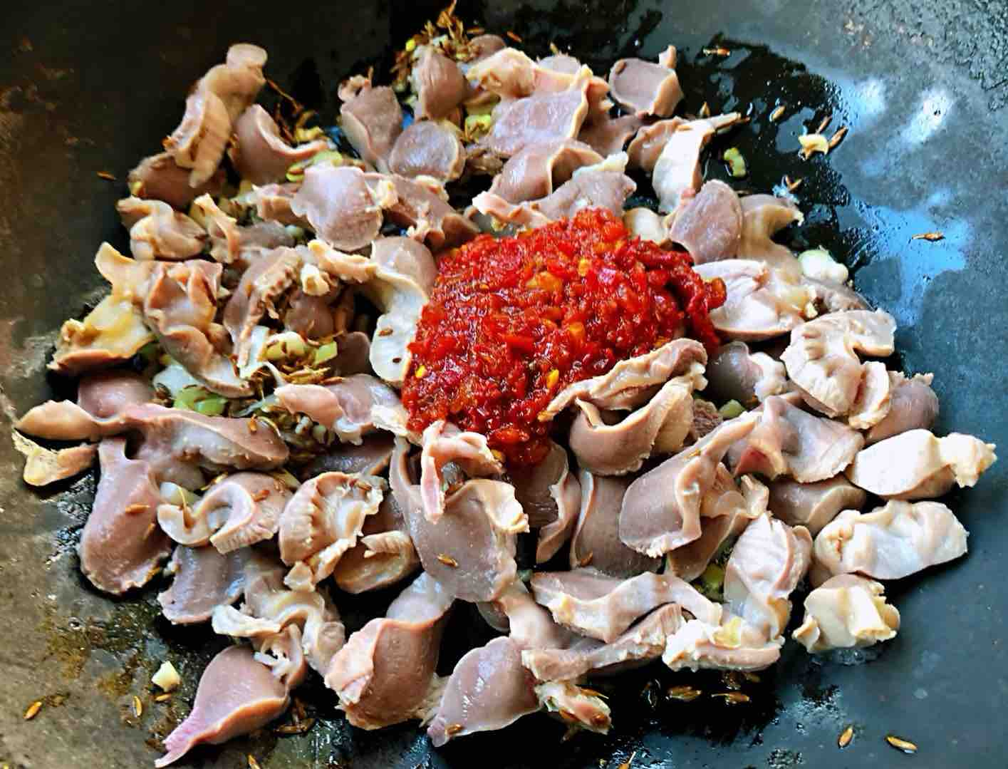 孜然青椒炒鸡胗怎么炒