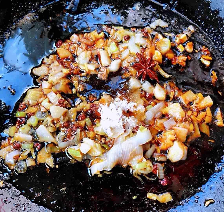 海带炖排骨怎么吃