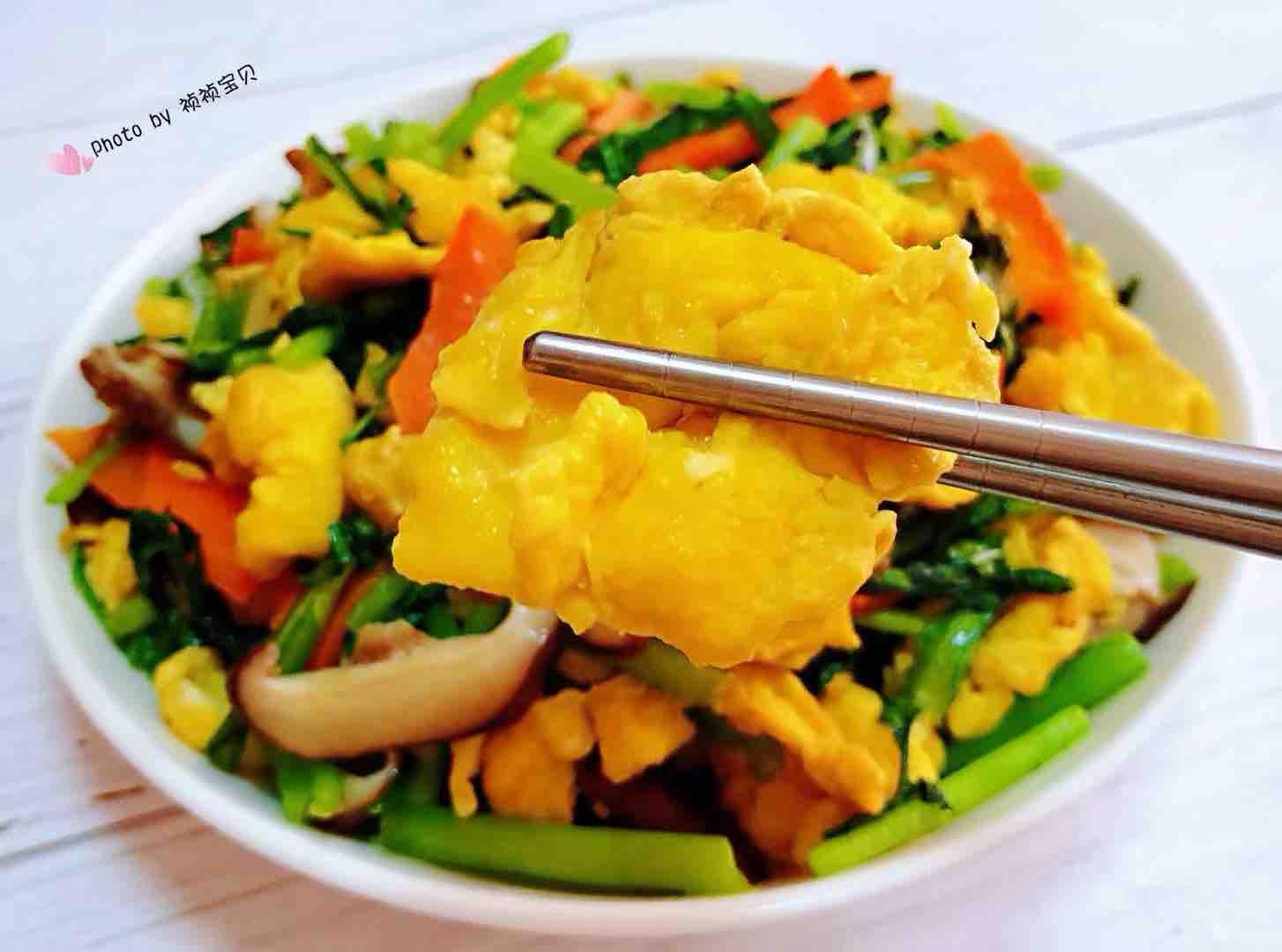 茼蒿炒鸡蛋香菇胡萝卜怎样煮
