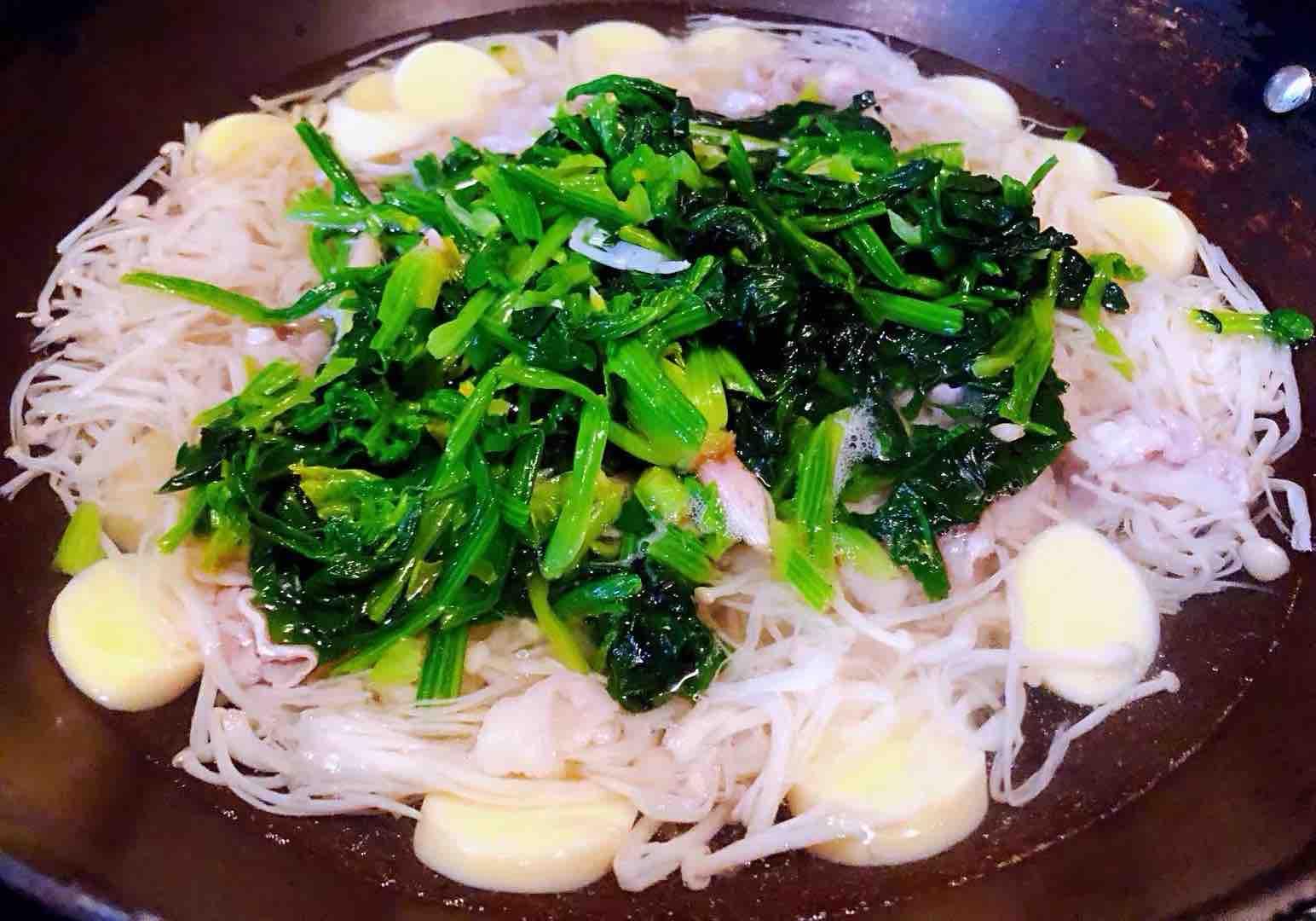 肥羊菠菜金针菇豆腐汤怎么炖