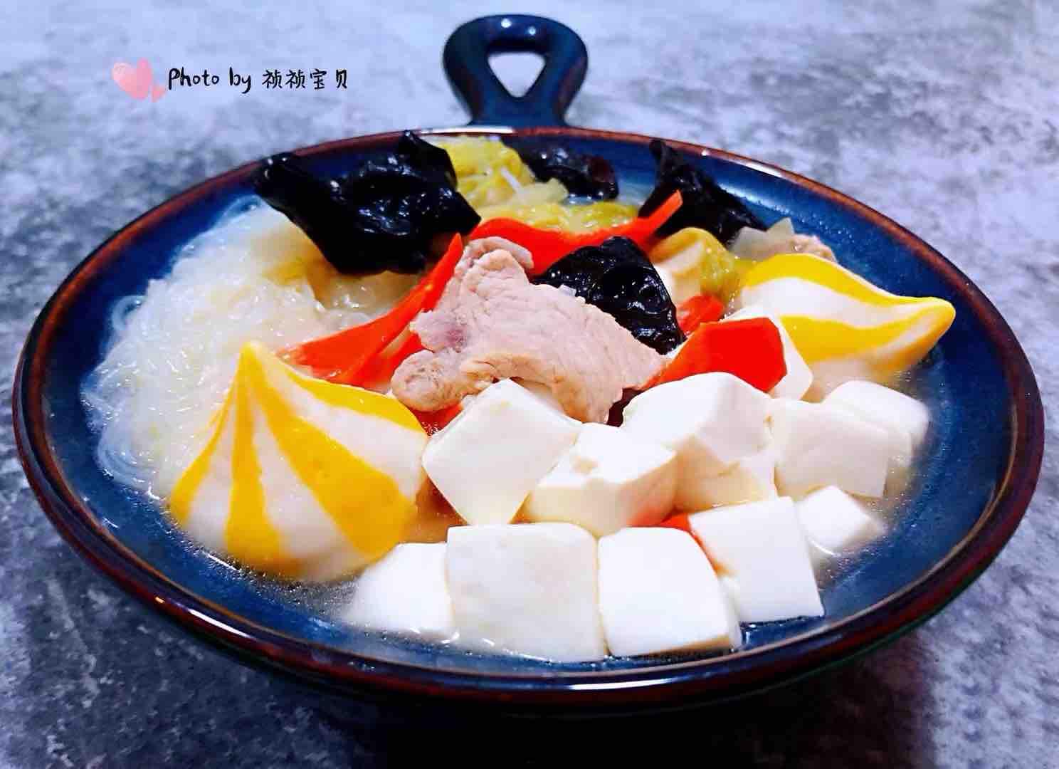 猪肉白菜海胆丸豆腐粉丝汤怎么煸