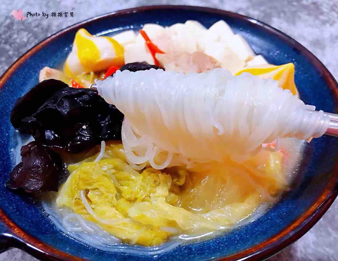 猪肉白菜海胆丸豆腐粉丝汤怎样做
