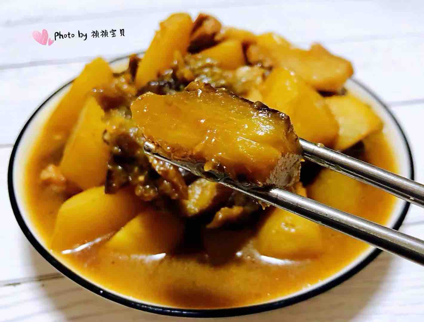 土豆茄子炖五花肉怎样做