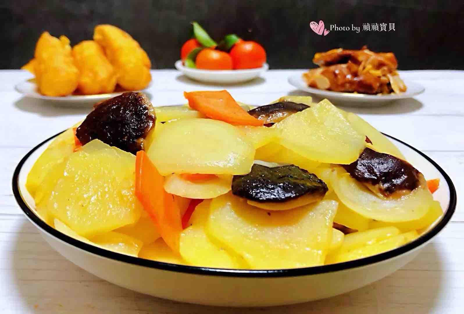 洋葱香菇胡萝卜炒土豆片怎样炒