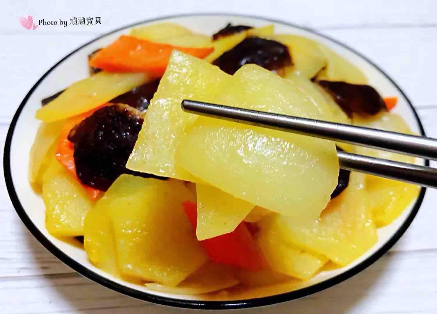 洋葱香菇胡萝卜炒土豆片怎样煮