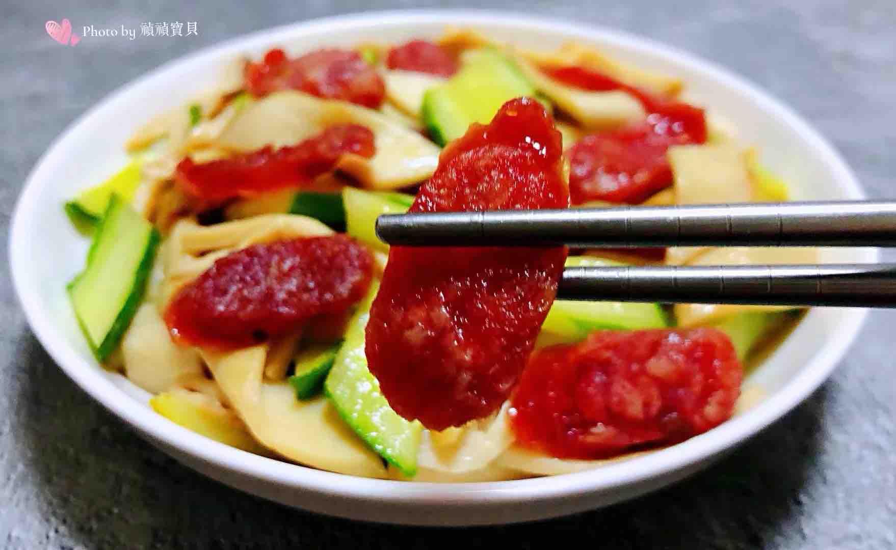 腊肠黄瓜炒杏鲍菇怎样煮