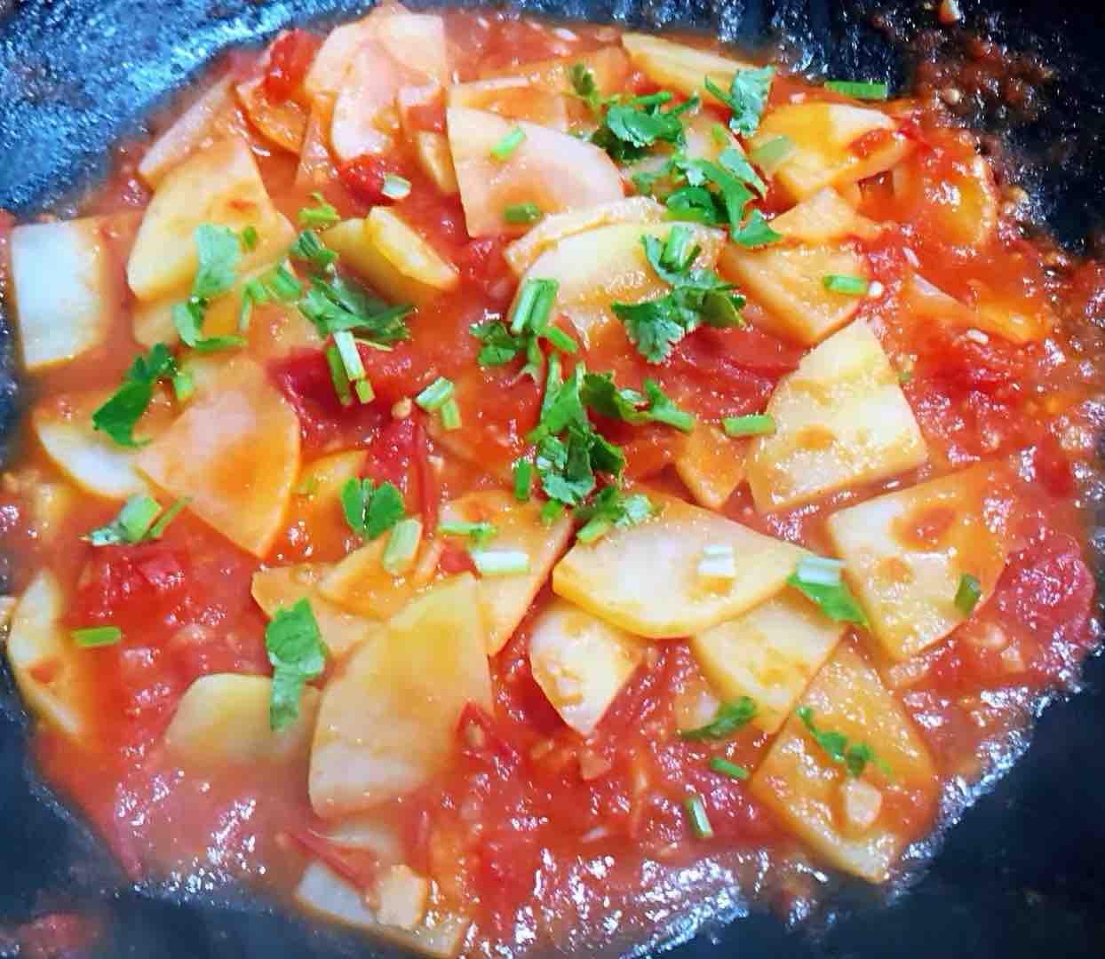 西红柿炒土豆片怎么煸