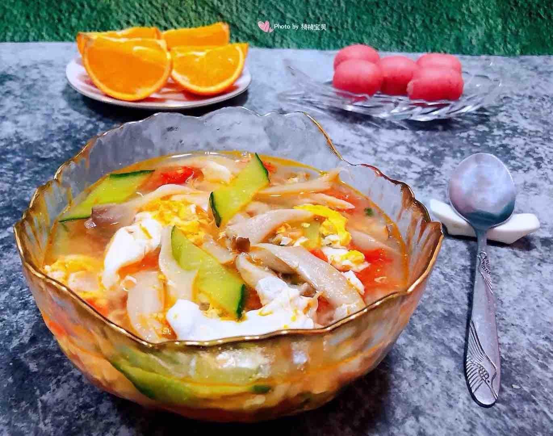 西红柿平菇黄瓜蛋花汤怎样煸
