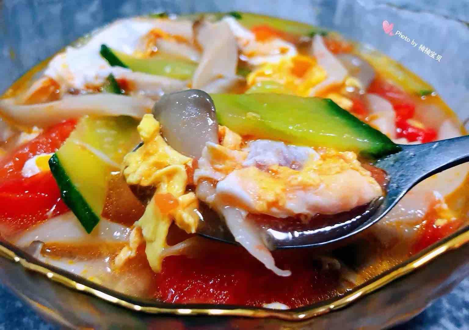 西红柿平菇黄瓜蛋花汤怎样炒