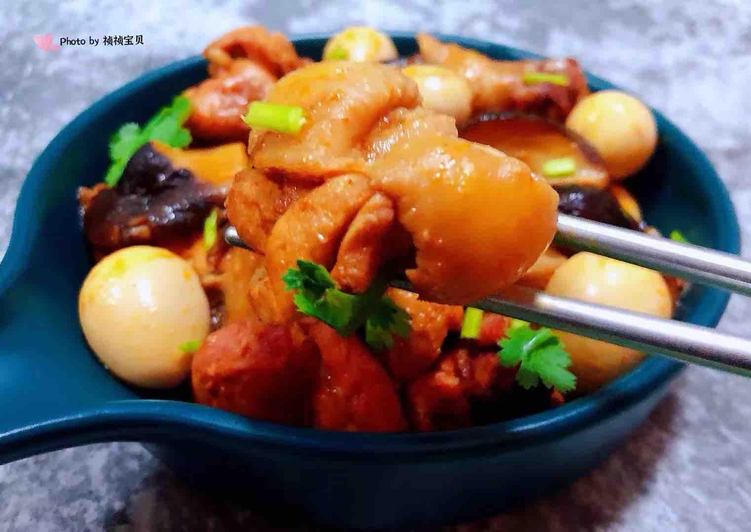 香菇鹌鹑蛋炖鸡腿的制作
