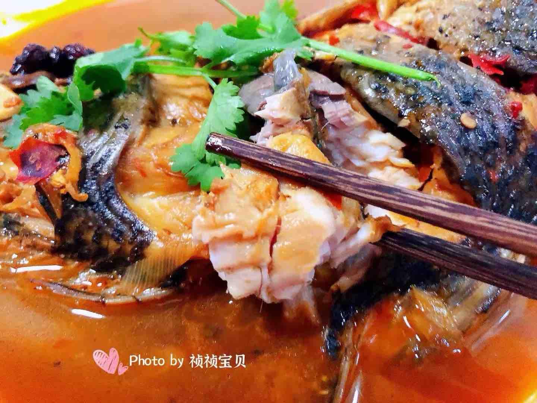 酱焖鲤鱼成品图