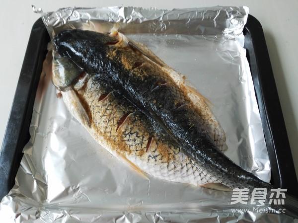酱香味烤鱼的做法图解