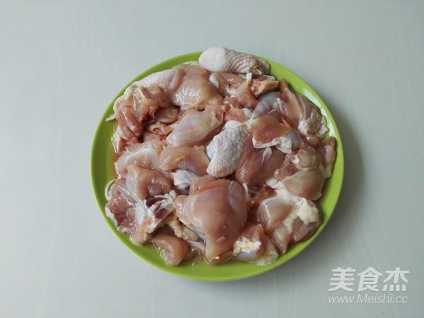 土豆胡萝卜焖鸡块的家常做法