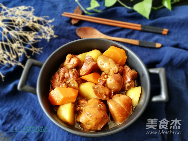 土豆胡萝卜焖鸡块怎样炒