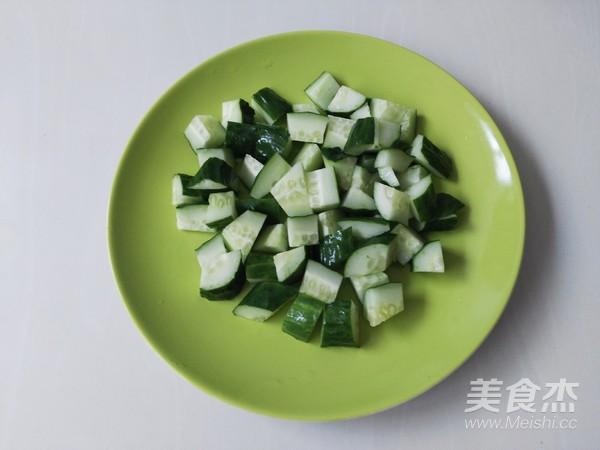 黄瓜拌粉皮怎么吃