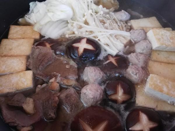 寿喜锅(日式牛肉火锅)怎样煸