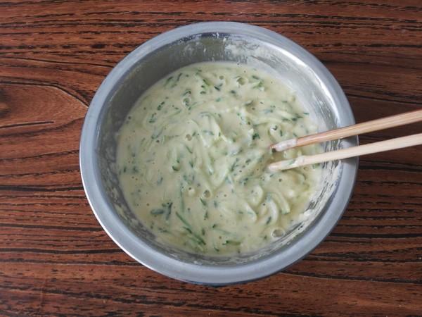黄瓜丝鸡蛋饼的简单做法