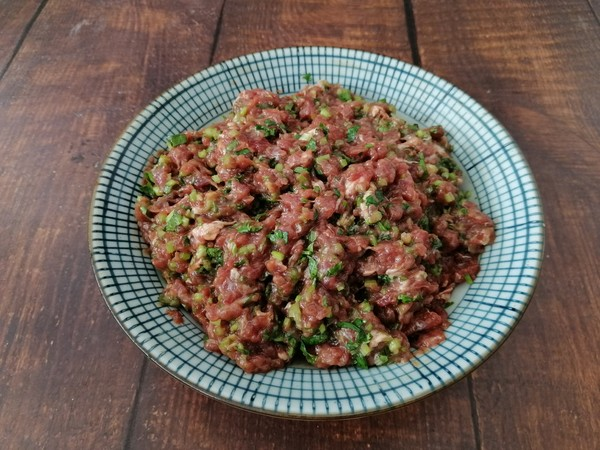 羊肉香菜饺子的简单做法