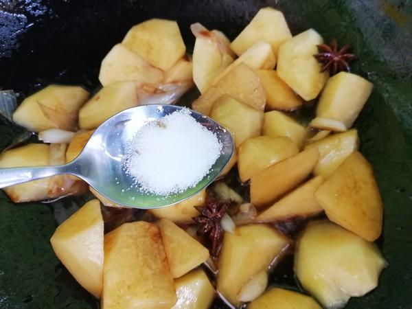 烧土豆块怎么吃